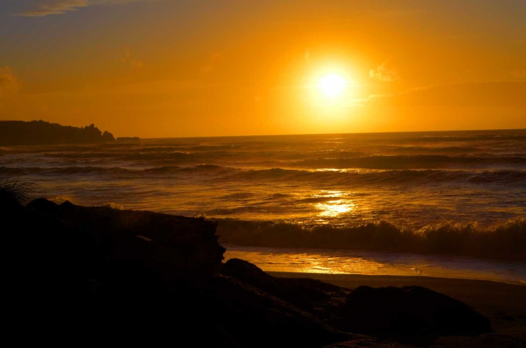 Sunset Punakaiki, Sunset Dream, Pancake Rocks Punakaiki NewZealand Neuseeland, NZ, Pancakes, travel, world, travelling, blogger, travel blog germany, blog stuttgart, #newceland, Punakaiki Blowholes, West Coast New Zealand, Neuseeland Natur, Nature, photography © ceyourgoals